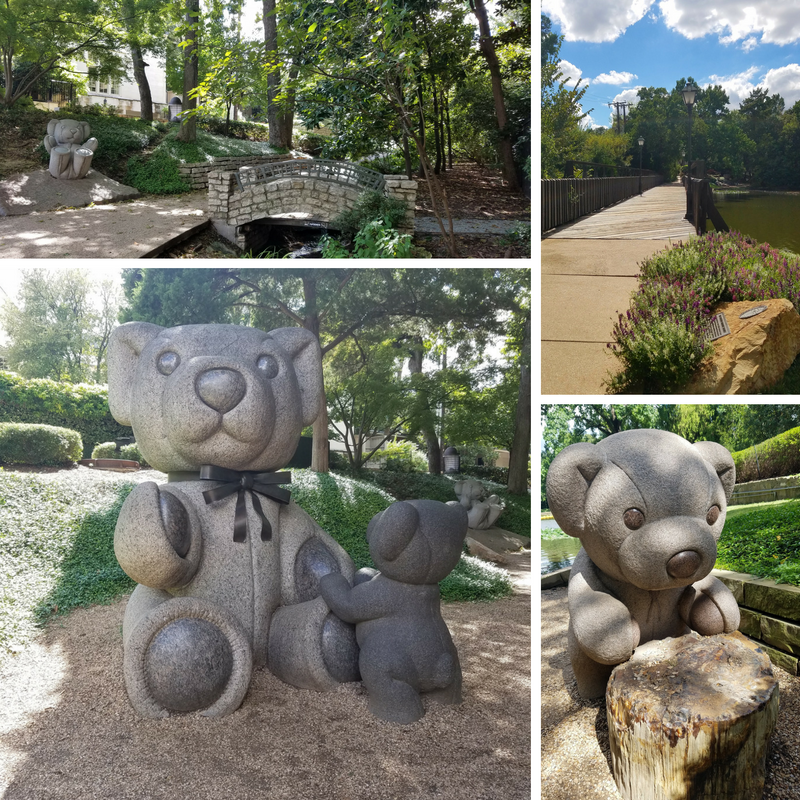 Dallas Lakeside Park Teddy Bear Statues Art